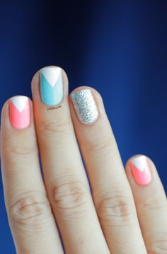 Triangle nail art: three color colour design: soft baby pink (Nfu Oh Mor04), light neon blue (Rainbow Honey Mint Flavor) and glitter sparkle silver (A-England Merlin) and white