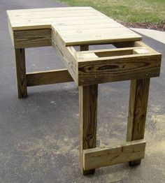 Shooting bench for a right handed shooter. He's not added a seat, but it could easily be done.......D.