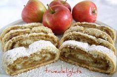 Placinta rulata cu mere - Culinar.ro