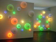 Angela Bulloch RGB Spheres (2005)