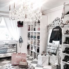 Closet dressing room Informations About 35 Top Amazing Glam Room Decoration Ideas Pin You can easily Wardrobe Room, Closet Bedroom, Bedroom Decor, Glam Closet, Closet Mirror, Wardrobe Sale, Bedroom Table, Walk In Wardrobe, Luxury Closet