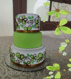 Learn Cake Piping Techniques in this online Cake Decorating Class
