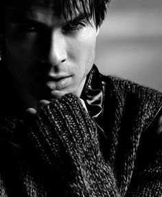 Ian-Somerhalder-Covers-Essential-Homme-September-October-2012-2