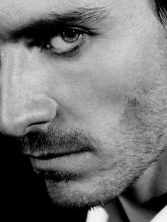 MICHAEL FASSBENDER. Love how if you just aim on Michael's eyes, it is almost like looking into Colin O'Donahue's eyes.  Both beautiful and soulful.