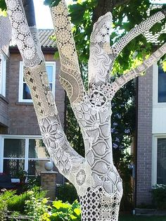 If It's Hip, It's Here: Yarn Bombing: Guerilla Knitters & Granny Graffiti Cover Cities With Crochet