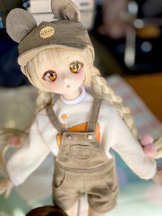 """さめどぉる@大阪イドルG29-31 on Twitter: """"本日の大阪アイドールでの抽選販売カスタムヘッドです🙏どちらもセミホワ01ちゃん! ネズミお洋服の子はお洋服もセットです!ぜひ実物を見に来てください🥳… """" Kawaii Doll, Kawaii Cute, Pretty Dolls, Beautiful Dolls, Ooak Dolls, Barbie Dolls, Disney Baby Dolls, Disney Animator Doll, Anime Figurines"""