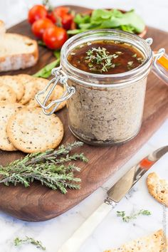 This gorgeous Mushroom Pâté is a beautiful vegan pâté flavoured with wild mushrooms and a whisper of fragrant truffle oil. Serve with toasted sourdough and your favourite crackers, along with a glass (Vegan Recipes Mushroom) Vegan Appetizers, Vegan Snacks, Appetizer Recipes, Healthy Snacks, Truffle Mushroom, Truffle Oil, Vegetarian Recipes, Cooking Recipes, Healthy Recipes