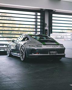 "58k Likes, 92 Comments - Blacklist Lifestyle | Cars (@black_list) on Instagram: ""911R! | Photo by @taylor.creations | #blacklist #porsche #911r"""