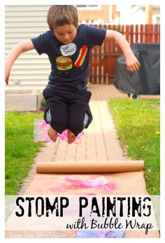 Stomp painting with bubble wrap | Super Fun Summer Recycled Art Project