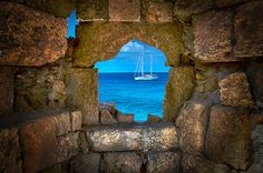 I See The Sea...