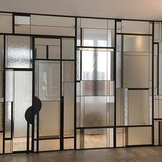 Mirror Panel Wall, Glass Partition Wall, Glass Design, Door Design, Minimalist Small Bathrooms, 1920s Home Decor, Art Deco Room, Feature Wall Design, Big Wall Art
