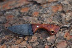 Neck knife @ jabakerknives.com