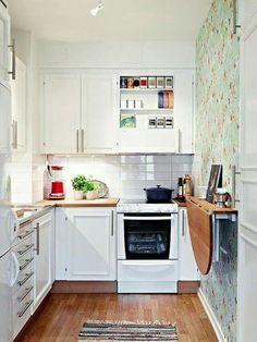 Cocina 3 Kitchen Layout, Kitchen Redo, New Kitchen, Kitchen Ideas, Kitchen Cabinets, Diy Projects Apartment, Wood Counter, White Cabinets, Space Saving