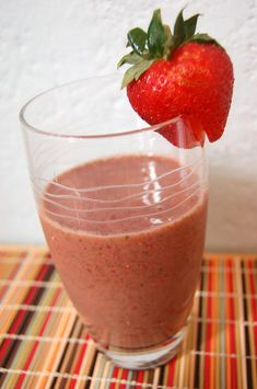 Strawberry Banana Smoothie  1/3 cup fresh or frozen strawberries ½ banana, sliced 1/3 cup almond milk (or any kind of milk) 3 oz. of fat free yogurt (I like using vanilla, but anything will work.) 4 ice cubes A handful of fresh spinach
