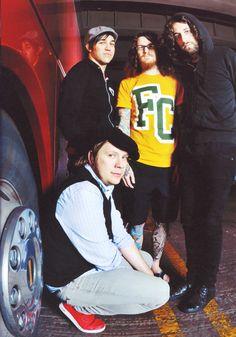 pre-hiatus Fall Out Boy Fall Out Boy, Emo Bands, Music Bands, Soul Punk, Patrick Stump, Pete Wentz, Young Blood, Falling Down, Great Bands
