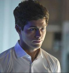 "Shadowhunters 1x13 ""Mornign Star"" Alec Lightwood"