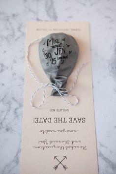 Свадебные приглашения Save the Dates с шариком