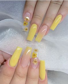In search for some nail designs and some ideas for your nails? Listed here is our listing of must-try coffin acrylic nails for modern women. Summer Acrylic Nails, Best Acrylic Nails, Summer Nails, Bright Acrylic Nails, Square Acrylic Nails, Nagel Hacks, Nagellack Design, Cute Acrylic Nail Designs, Pink Nail Designs