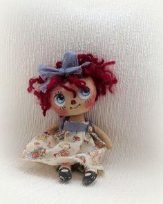 Muñeca de trapo Raggedy Ann de Lil por SuzieHaywardDolls en Etsy