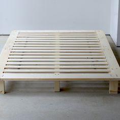無垢材を使用した「すのこベッドフレーム」D Decor, Furniture, Table, Bed, Bed Frame, Pallet Table, Pallet Coffee Table, Coffee Table, Home Decor