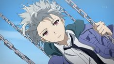 Akise aru. He looks like Toshiro Hitsugaya in this picture but with red eyes