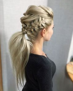 DIY Ponytail Ideas You're Totally Going to Want to 2019 Adorable Ponytail Hairstyles; Classic Ponytail For Long Hair; Dutch Braids To A High Pony;High Wavy Pony For Shoulder Length Hair New Braided Hairstyles, Cool Hairstyles, Gorgeous Hairstyles, Hairstyle Ideas, Faux Hawk Hairstyles, Easy Long Hairstyles, Summer Hairstyles, Braided Updo, Clubbing Hairstyles