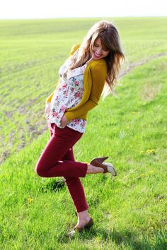 yellow! cardigan, cute top, red skinny jeans, and fabulous shoes!
