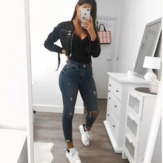 Trendy outfits for teenagers trendy outfits teenagers trendige outfits Cute Casual Outfits, Basic Outfits, Swag Outfits, Simple Outfits, Stylish Outfits, Dress Casual, Teenage Outfits, Winter Fashion Outfits, Fall Outfits