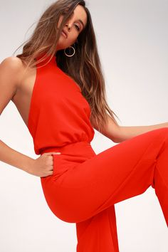 It's time to grab your camera and capture every second in the Lulus Moment for Life Red Halter Jumpsuit! This woven number features a high mock neck (with back button closures), and a halter bodice with fitted waist. Wide-cut trousers have side seam pockets. Free shipping and free returns!