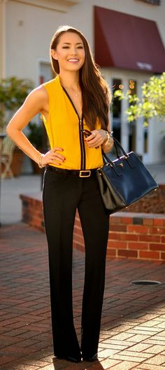 Daily New Fashion : Kenneth Cole Floriane Zip Front Blouse No zipper though