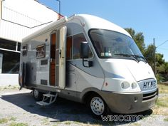 Location-camping-car-Integral-HYMER-CLASSE-BC-Hymermobil-
