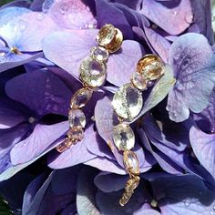 Enchant yourself!!! Looping Shine Collection! #brumani #jewel #earrings #diamonds #quartz #rosegold #flowers #glam #fashion #chic #musthave #instajewel #instafashion #trend #gorgeous #beauty #glamurous #glamour #freshfrombrazil #mustbuy
