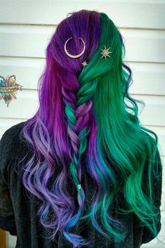 Purple hair styles, purple and green hair, green hair ombre, green wig, Hair Dye Colors, Cool Hair Color, Bright Hair Colors, Bright Purple, Color For Long Hair, Rainbow Hair Colors, Exotic Hair Color, Two Color Hair, Unnatural Hair Color