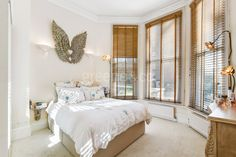 We love the bay windows in beautiful 2 bedroom property within easy reach of the pretty canal walks of Little Venice. Maida Vale, London Property, Bay Windows, West London, Bedroom Apartment, The Hamptons, Walks, Venice, Real Estate