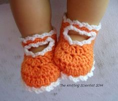The Knitting Scientist: Summer Freebie! - Free crochet pattern for these adorable little Mary Jane baby shoes