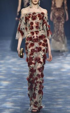 Marchesa Fall/Winter 2016 Look 4 on Moda Operandi