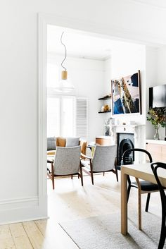 This Victorian Renovation Is the Definition of Chic via @domainehome