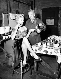 <3  Good Morning!  Marilyn Monroe and crew member on the set of BUS STOP (1956)