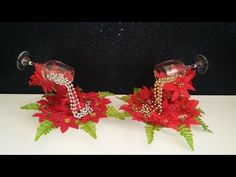 Cascada de Nochebuenas - YouTube Christmas Tree Cookies, Christmas Items, Diy Christmas Gifts, All Things Christmas, Christmas Ornaments, Dyi Crafts, Creative Crafts, Holiday Crafts, Arts And Crafts