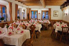 Im gemütlichen #Restaurant in #München Süd finden Sie schöne Räumlichkeiten für außergewöhnliche Events und Incentives, den passenden Rahmen für Feierlichkeiten, außergewöhnliche Events sowie Restaurantaktionen mit kulinarischen Gaumenfreuden für Feinschmecker. Herzlich Willkommen im Waldgasthof Buchenhain. #Feiern #Geburtstag