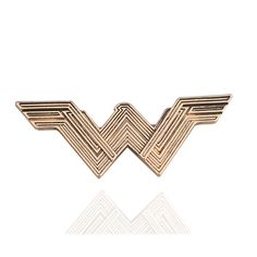 c4c0447d72e Hot Movie Jewelry Wonder Woman Brooches for Women Fashion Vintage Super  Hero Lapel Pins Badge 1950s