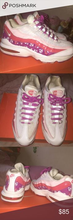 7a273548ab27 Nike air max 95 White carnation pink  salmon  fucshia  glitter  heart  locket pattern Nike air max 95 only worn twice 2007 edition rare fun  sneaker in good ...