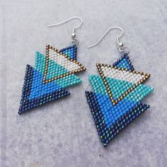 Items similar to Beaded earrings, Handmade sead bead earrings, Miyuki earrings on Etsy Brick Stitch Earrings, Seed Bead Earrings, Beaded Earrings, Earrings Handmade, Etsy Earrings, Seed Beads, Beaded Jewelry, Baubles And Beads, Triangle Earrings