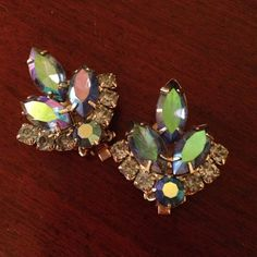 VINTAGE Sarah Coventry blue crystal earrings. Sarah Coventry vintage clip-on earrings, blue crystals and rhinestones. In absolutely beautiful condition. Sarah Coventry Jewelry Earrings