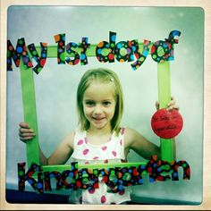 first day of kindergarten...want to make one of these this year. Just hope I'd have time to take the pics HA!