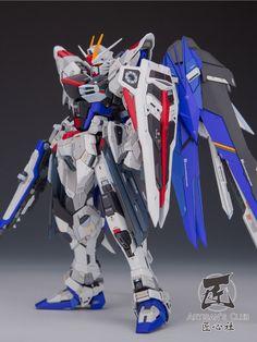 Custom Build: MG 1/100 Freedom Gundam Ver. 2.0 [Artisan's Club] - Gundam Kits Collection News and Reviews
