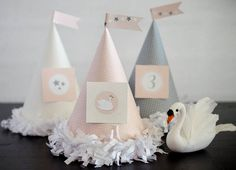 Fawn: Sweet Swan Birthday Party