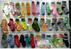 instagram tantulltuss Boot Cuffs, Leg Warmers, Bunt, Knits, Slippers, Homemade, Legs, Knitting, Instagram Posts