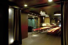 hregas.com superlovehotels.com H Regàs & Acceso vehículo #lovehotel #porhoras #lovemotel #barcelona #gracia