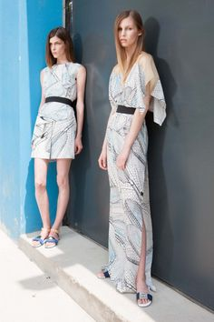 #kamzakrasou #sexi #love #jeans #clothes #coat #shoes #fashion #style #outfit #heels #bags #treasure #blouses #dress Netradičká kolekcia od Vionnet Cruise